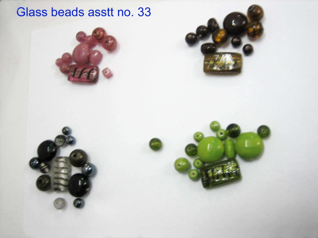 Glass beads asstt. no. 33